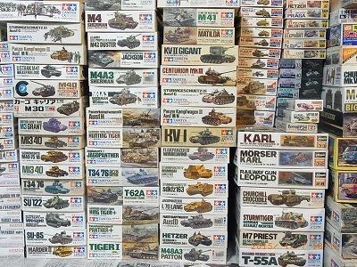 モーターライズのプラモデル、リモコン戦車